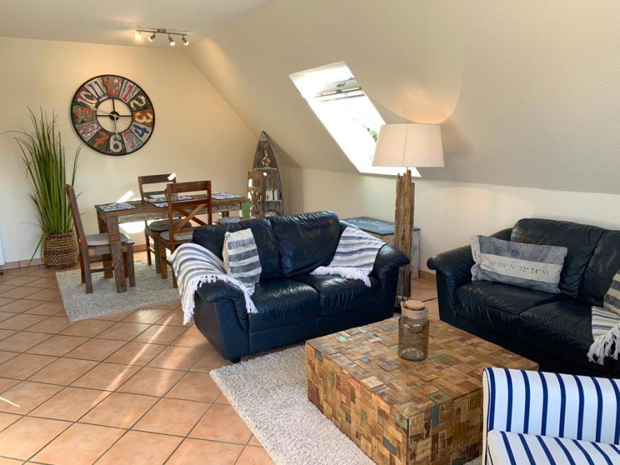 ferienhaus sonne timmendorfer strand liegt an der ostsee. Black Bedroom Furniture Sets. Home Design Ideas